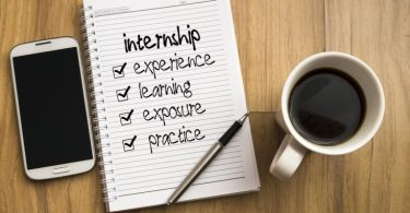 Top Tips to Help You Stand Out as an Intern