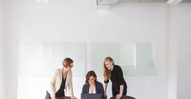 How to Motivate Your Team and Increase Their Performance