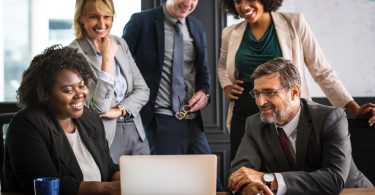 7 Key Benefits of Workplace Diversity