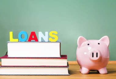 Financial Tips for Every Mother of a College-Bound Teenager